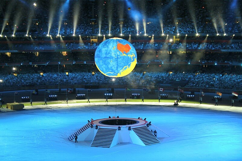 2006-closing-ceremony-commonwealth-games-mcg compliments of http://www.flickr.com/photos/jennie_m/119042869/in/photostream/
