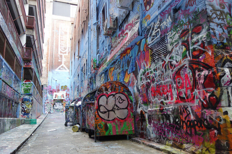 Melbourne Street Art - Graffiti or Art? compliments of https://flic.kr/p/hadrmG