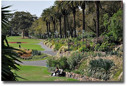 Alexandra Gardens Melbourne Australia compliments of http://www.flickr.com/photos/delcond/3505593339/