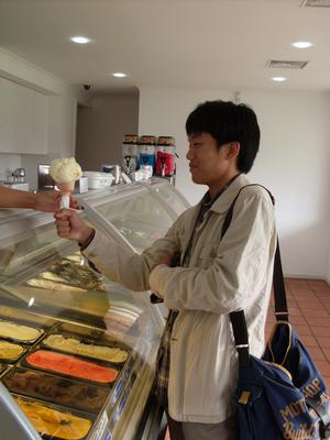 Good icecream choices at Tooradin Icecream Parlor Melbourne Australia