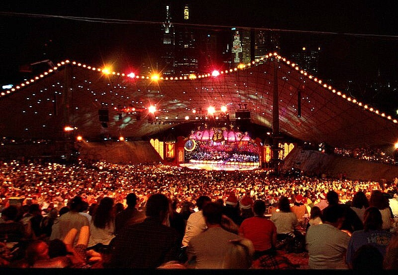 Carols by Candlelight in Melbourne Australia compliments of https://flic.kr/p/8qrx2V