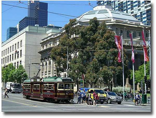 City Circle tram outside the State Library, Melbourne - Australia, compliments of http://www.flickr.com/photos/rbie/2113527874/