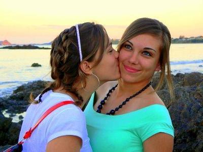 East coast beaches love the Sisters