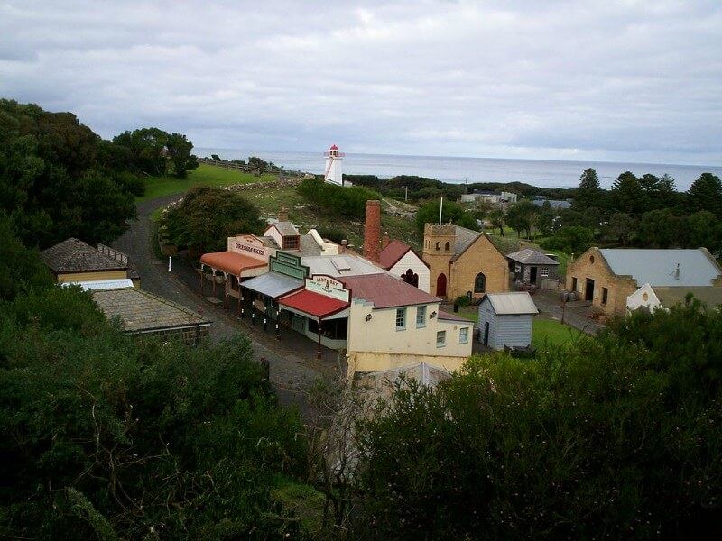 Flagstaff maritime Museum at Warnambool compliments of By Michaelbeckham at English Wikipedia, CC BY 2.5, https://commons.wikimedia.org/w/index.php?curid=3022015