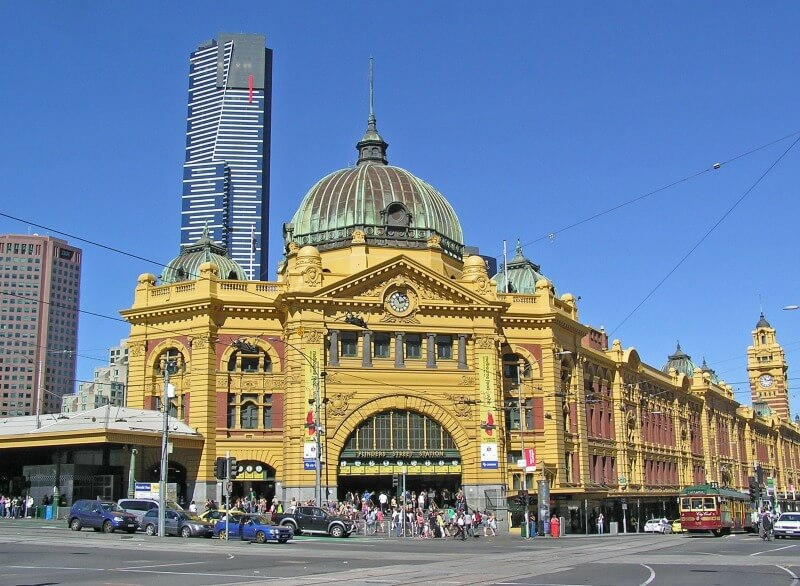 Flinders Street Station Melbourne Australia compliments of http://www.flickr.com/photos/mikethemountain/4277688846/