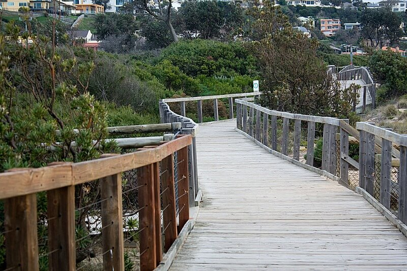 The beach boardwalk At Frankston in Victoria, Australia compliments of http://www.flickr.com/photos/jesscross/4242863799/