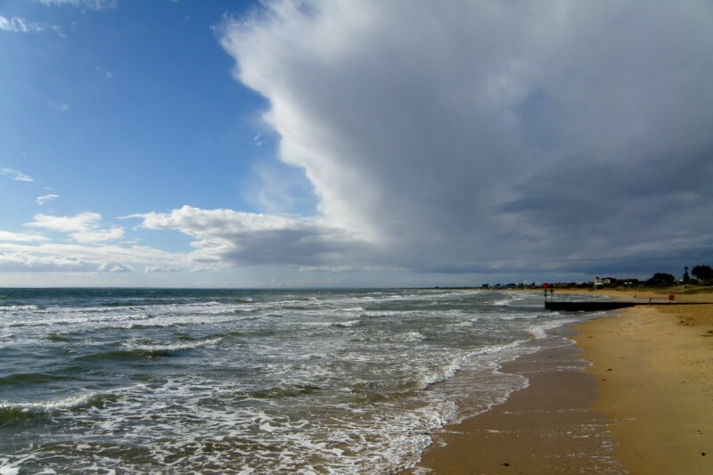 Frankston beach foreshore compliments of https://flic.kr/p/ajJcR4