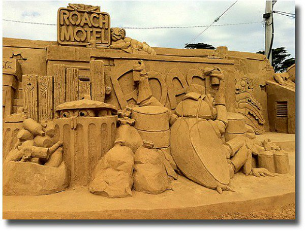 2011 sand sculpture of Roach Motel on the Frankston foreshore compliments of http://www.flickr.com/photos/analoguestyle/5795688945/