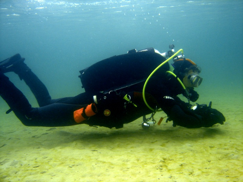 Scuba diving at Indented head Port Phillip Bay Victoria Australia compliments of http://www.flickr.com/photos/saspotato/4280904467/