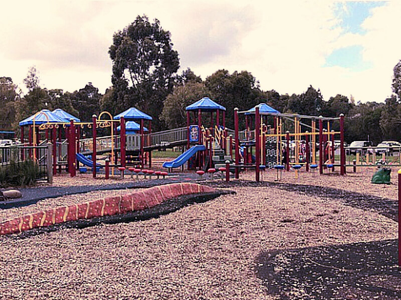 lilydale lake playground