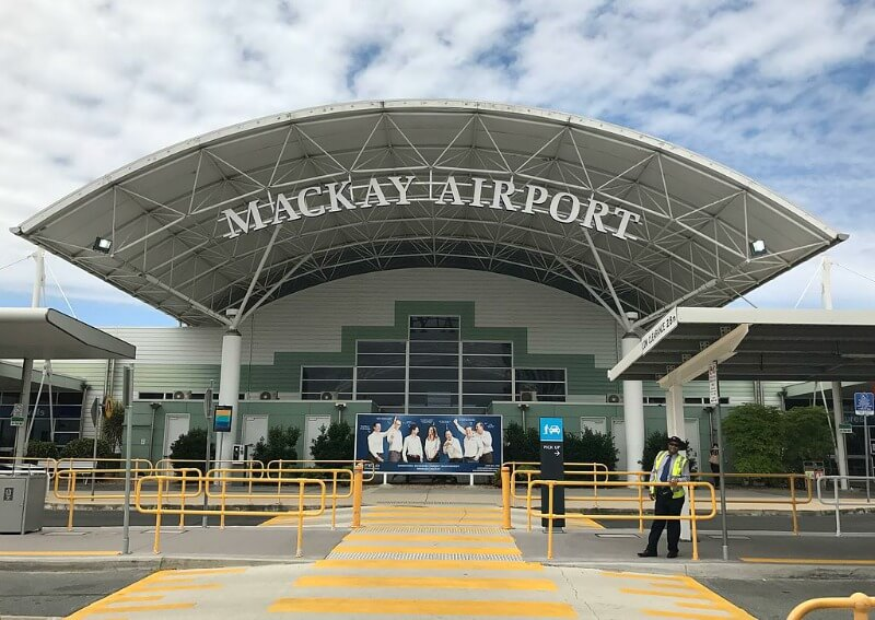 Mackay Airport compliments of Kgbo (Own work) [CC BY-SA 4.0 (http://creativecommons.org/licenses/by-sa/4.0)], via Wikimedia Commons