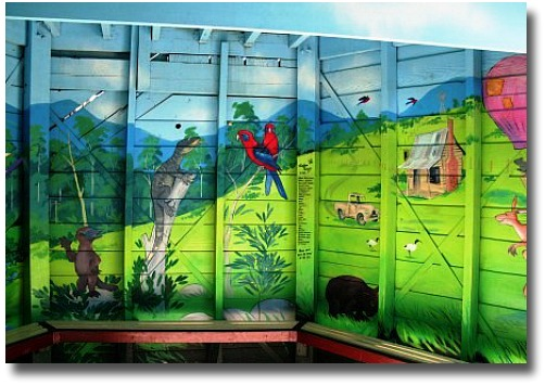 Mural Puzzle Game - Hedgend Maze Healesville in Victoria