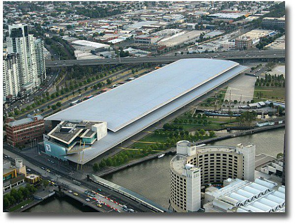 Melbourne Exhibition Centre and Polly Woodside at Southbank Victoria compliments of http://www.flickr.com/photos/popcorncx/155407300/