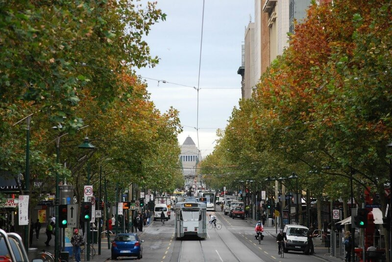 Melbourne city street in Autumn compliments of https://flic.kr/p/6nNc7y
