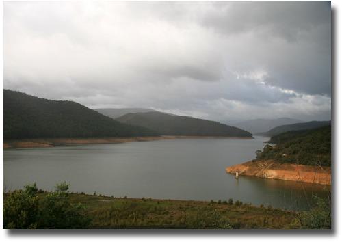 Maroondah Dam June 2007 compliments of http://www.flickr.com/photos/splatt/3250373912/