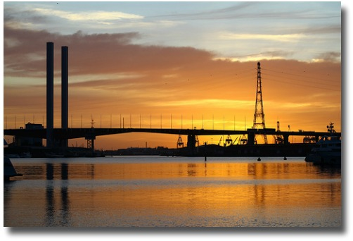 March sunset over the Bolte Bridge, Melbourne - Australia compliments of http://www.flickr.com/photos/strelets/3563999832/