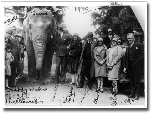 Circa 1930's At the Zoo Children's Hour artists 'Happy memories of 3LO Melbourne' compliments of http://www.flickr.com/photos/abcarchives/4294268022/
