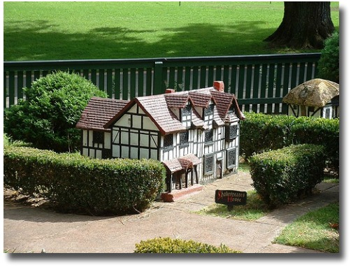 Miniature Tudor Village Fitzroy Gardens melbourne Australia compliments of http://www.flickr.com/photos/leekelleher/195426075/