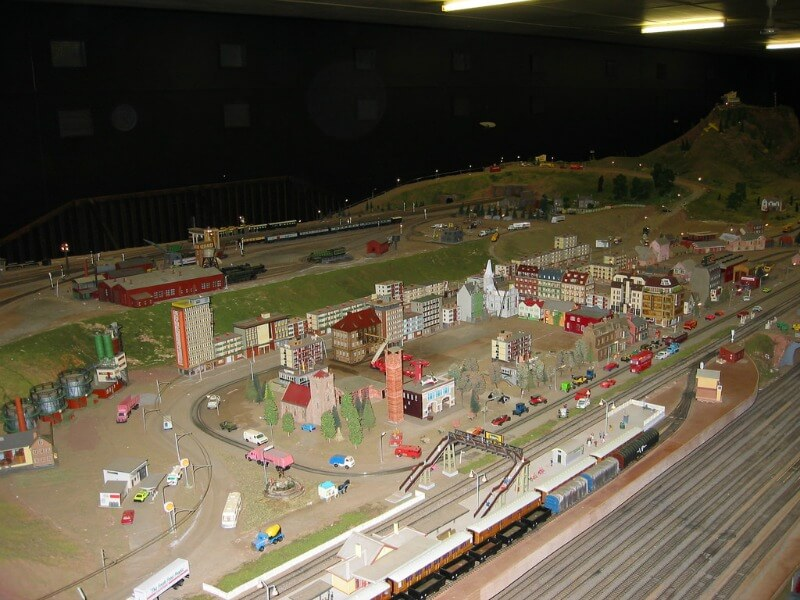 Model railway display Emerald lake Park melbourne Australia compliments of http://www.flickr.com/photos/captainchaos/318698761/