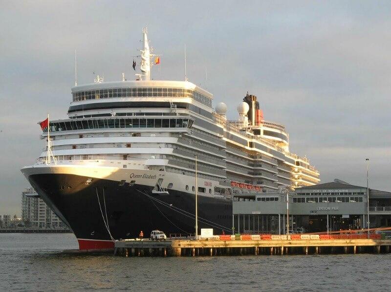 Queen Elizabeth ocean liner at Station Pier Melbourne Australia compliments of http://www.flickr.com/photos/docklander/5485637062/
