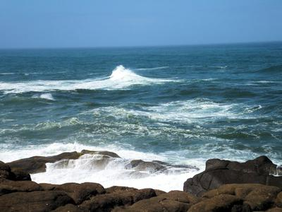 Stunning wave action at Boiler Bay