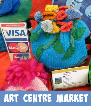 Link graphic to the Arts Centre Market