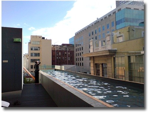 Adelphi Hotel, Melbourne, rooftop pool compliments of http://www.flickr.com/photos/wiggo/2409592359/