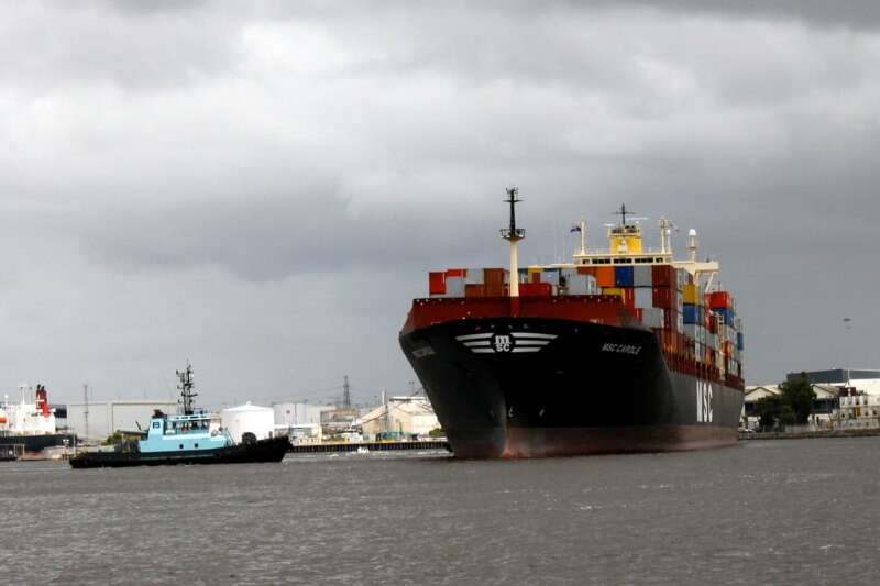 container ship in melbourne docks compliments of https://flic.kr/p/aSjcir