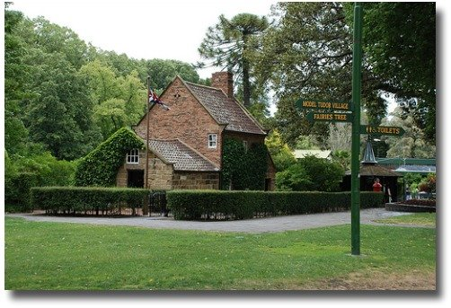 Cooks Cottage and Signpost compliments of  http://www.flickr.com/photos/newt42/3709428499/