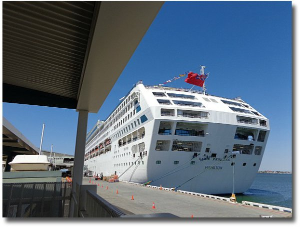 The Dawn Princess docked at Station Pier Port Melbourne