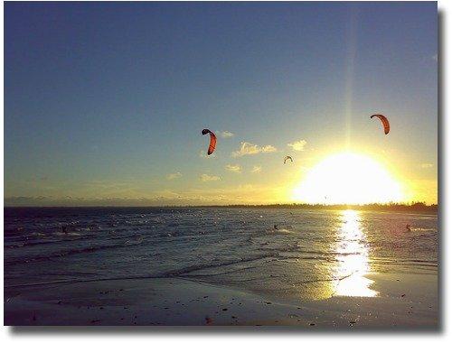 Kite surfers at Altona Beach Port Phillip Bay Victoria Australia compliments of http://www.flickr.com/photos/olivialoh/425013887/