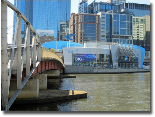Melbourne Oceanic Aquarium on the Yarra River Melbourne Australia compliments of http://www.flickr.com/photos/jupiterfirelyte/6927306763/