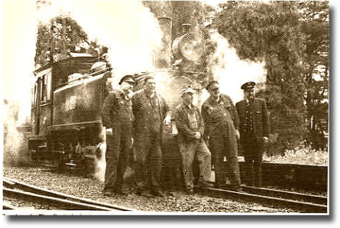 old time photo of the engineers and linesmen on the Puffing Billy railway line