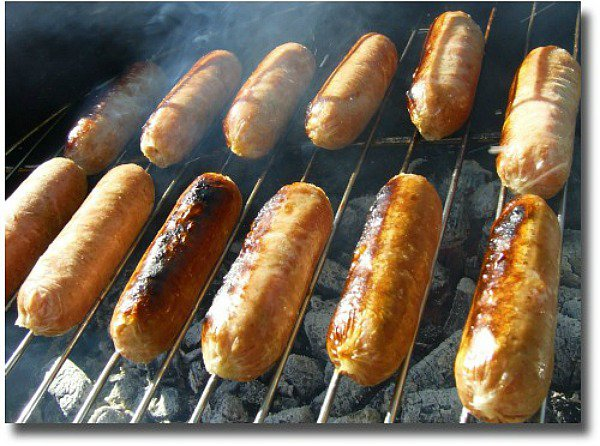 Sausage sizzle makes for one great picnic idea